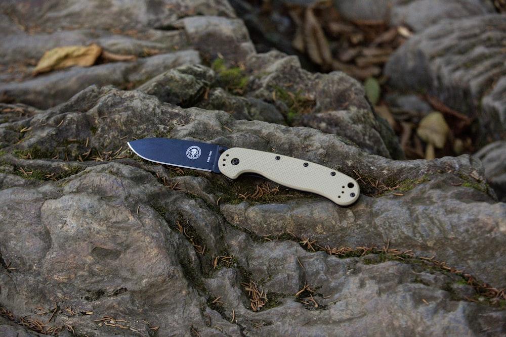 cuchillos muela de caza