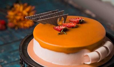 cake with slice strawberry fruits cake zoom background