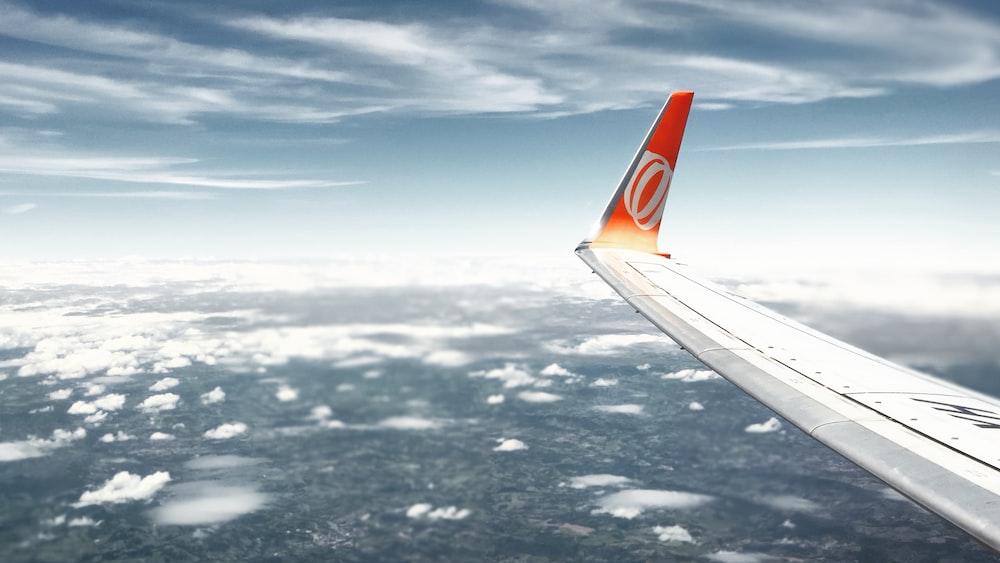 Boeing 737 next generation plane wing
