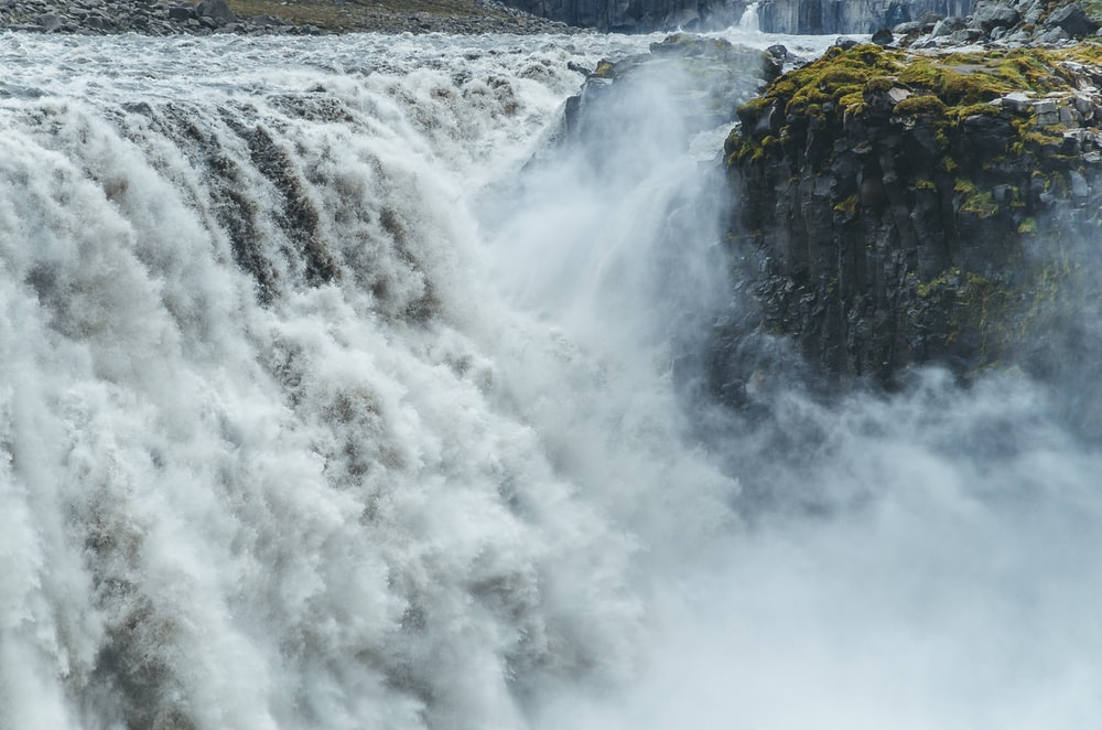 panoramic photography of waterfalls