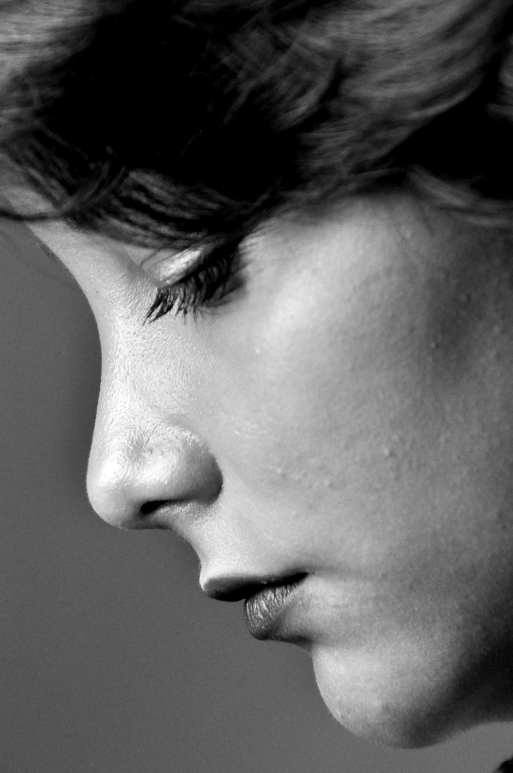 closeup photo of woman's profile