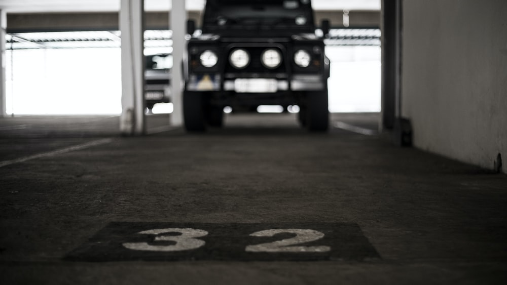 selective focus photography of black SUV