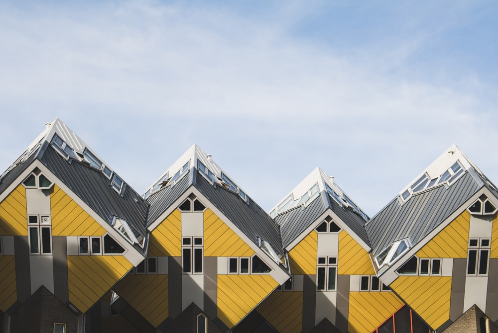 yellow and gray houses