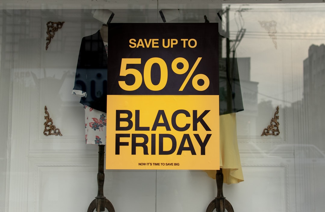 Top 10 Ways to Save for Black Friday Shopping