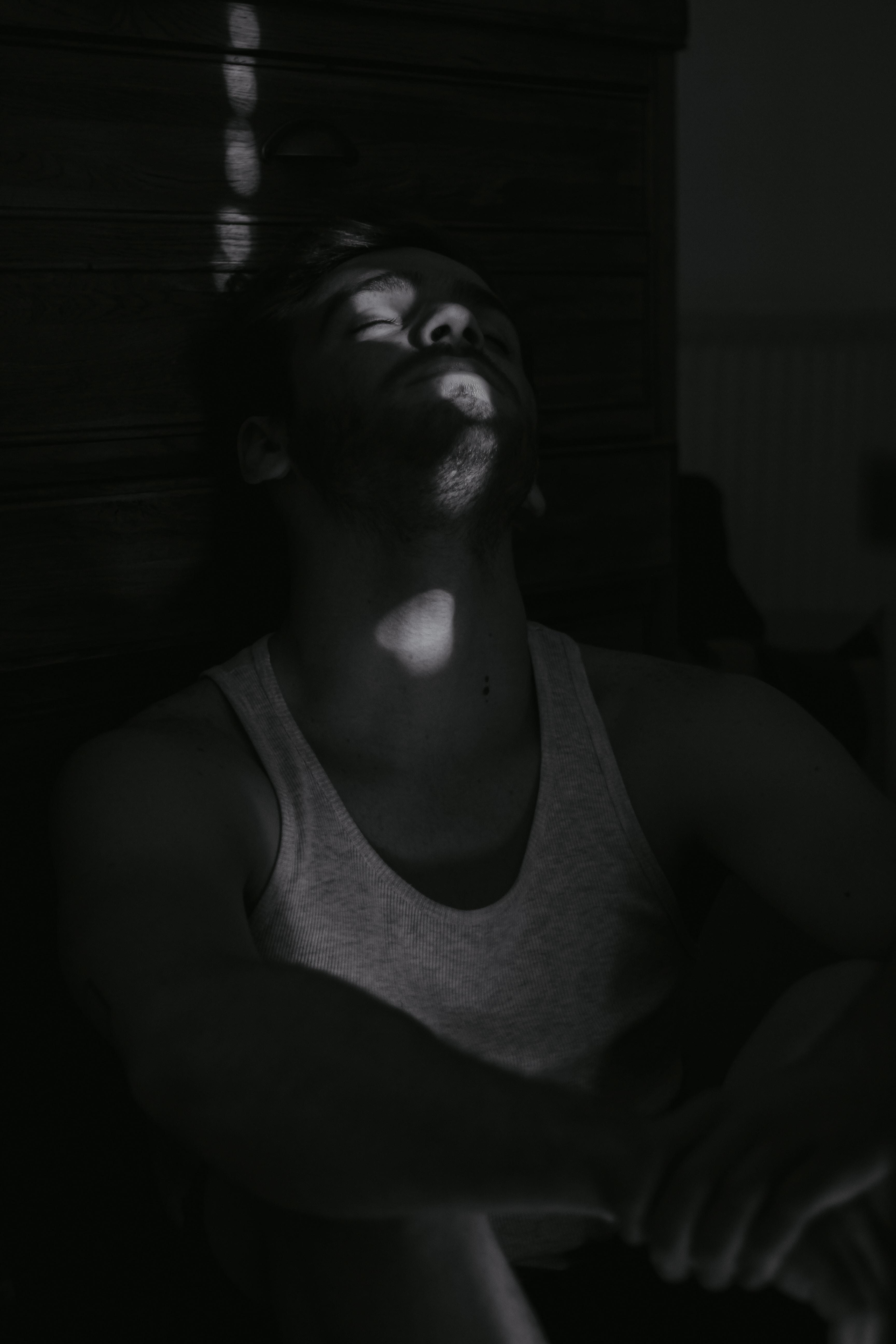 black and white crew neck shirt