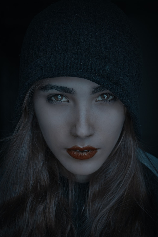 woman wearing black beanie