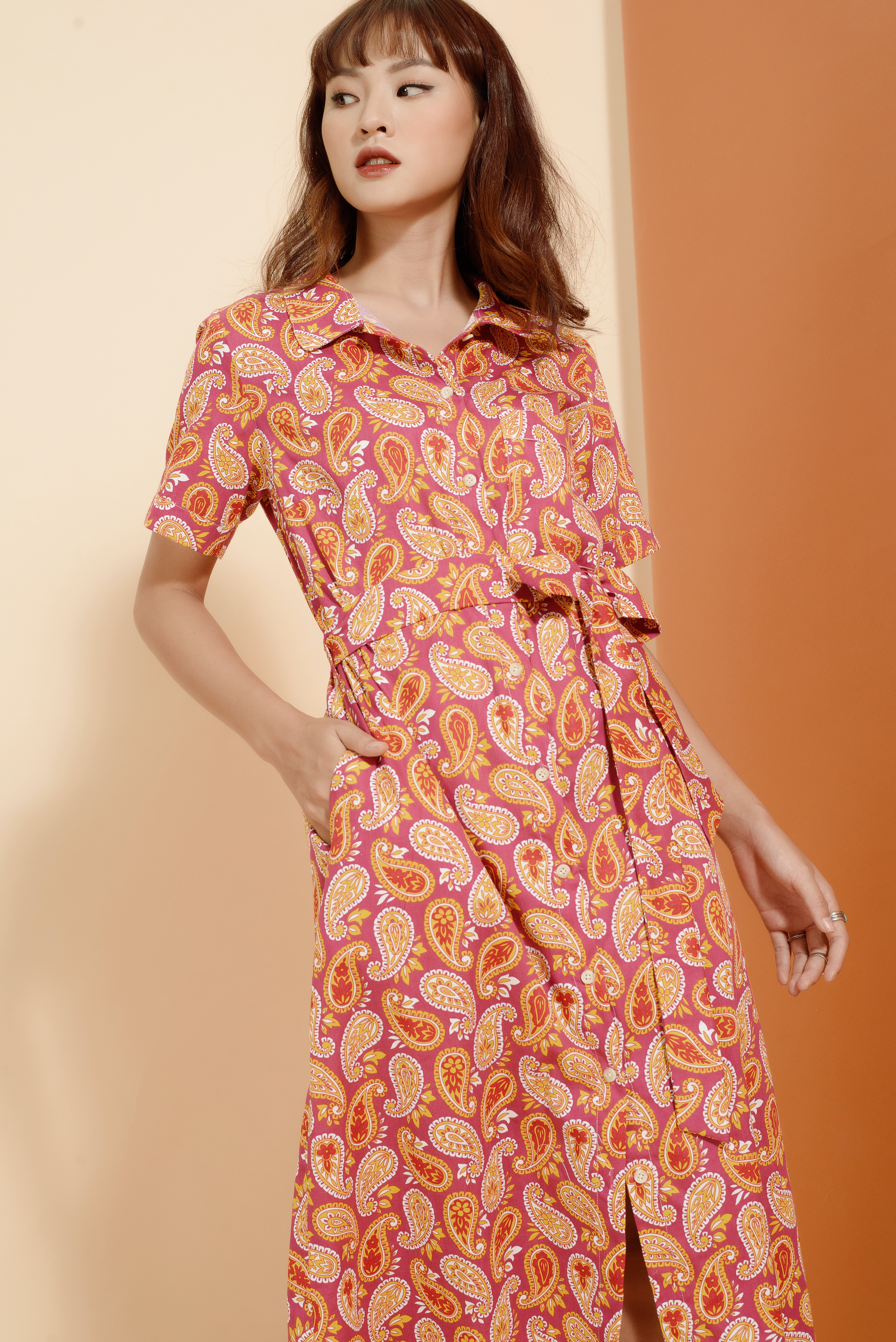 women's pink and white floral sleeveless dress