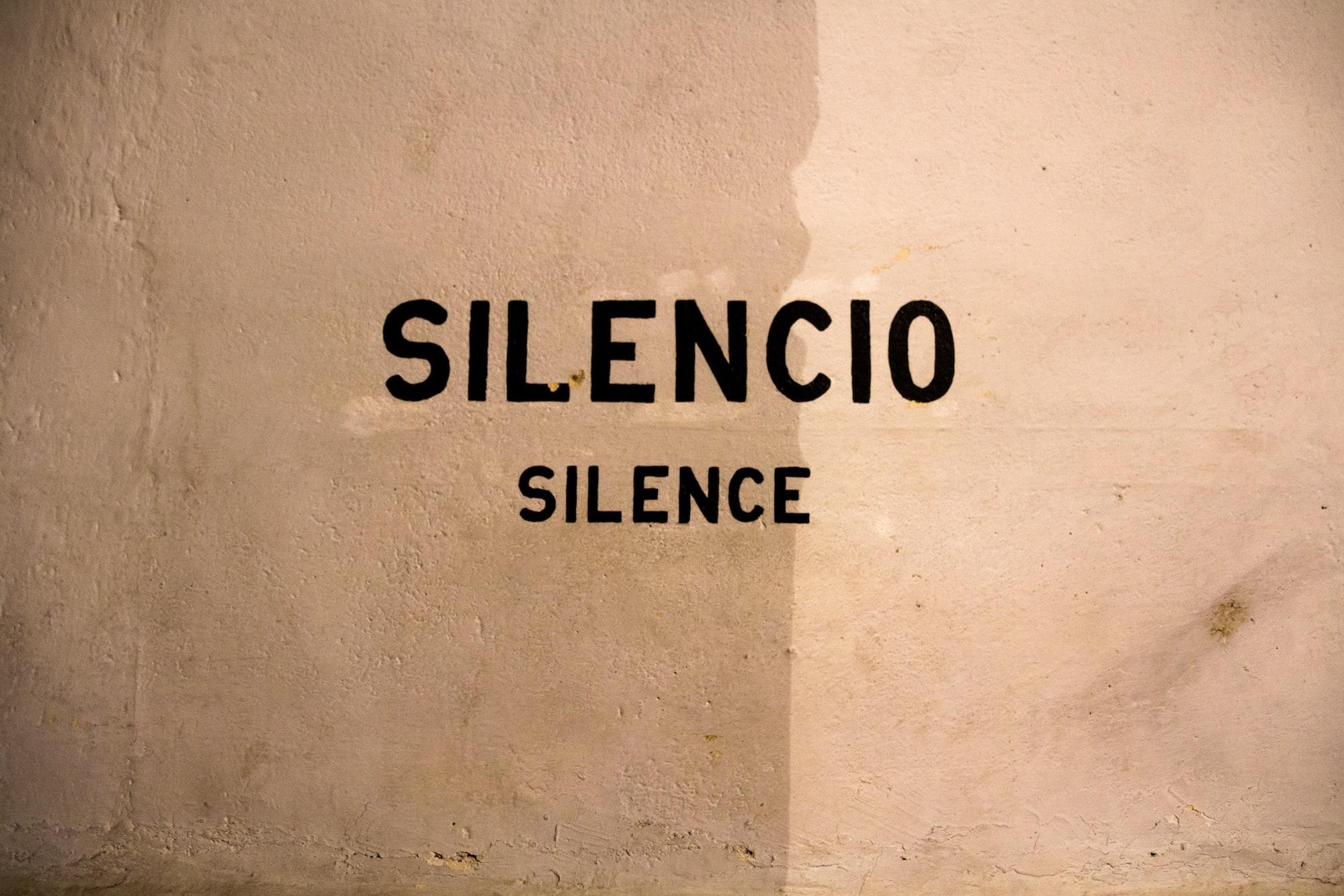 eterno ficando em silêncio