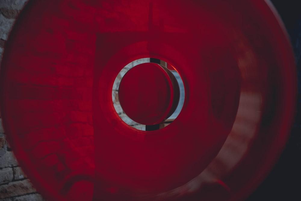 round red decor