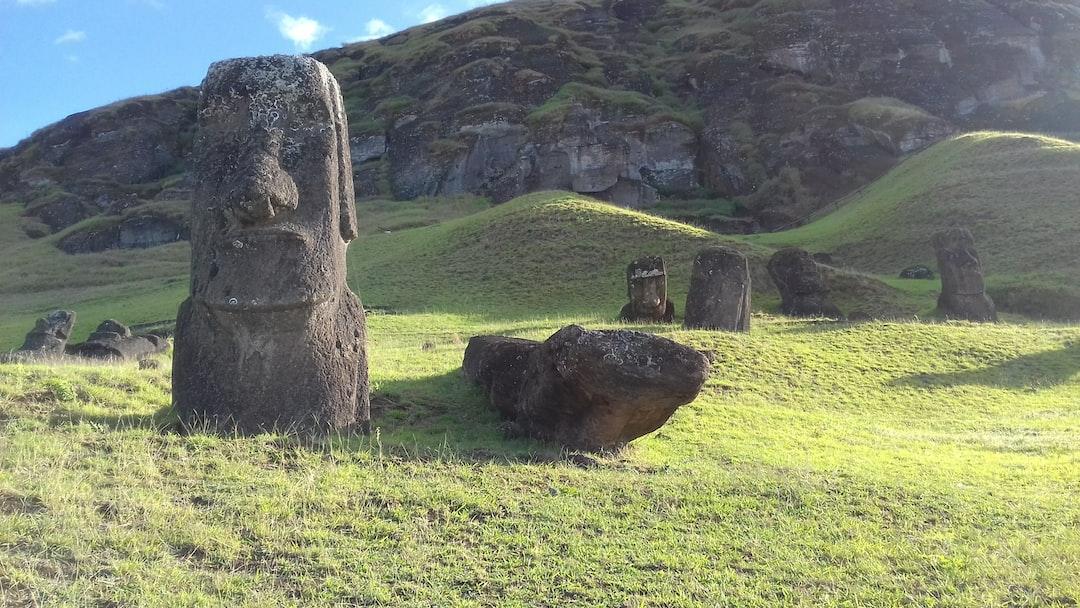 figuras de la isla de Pascua