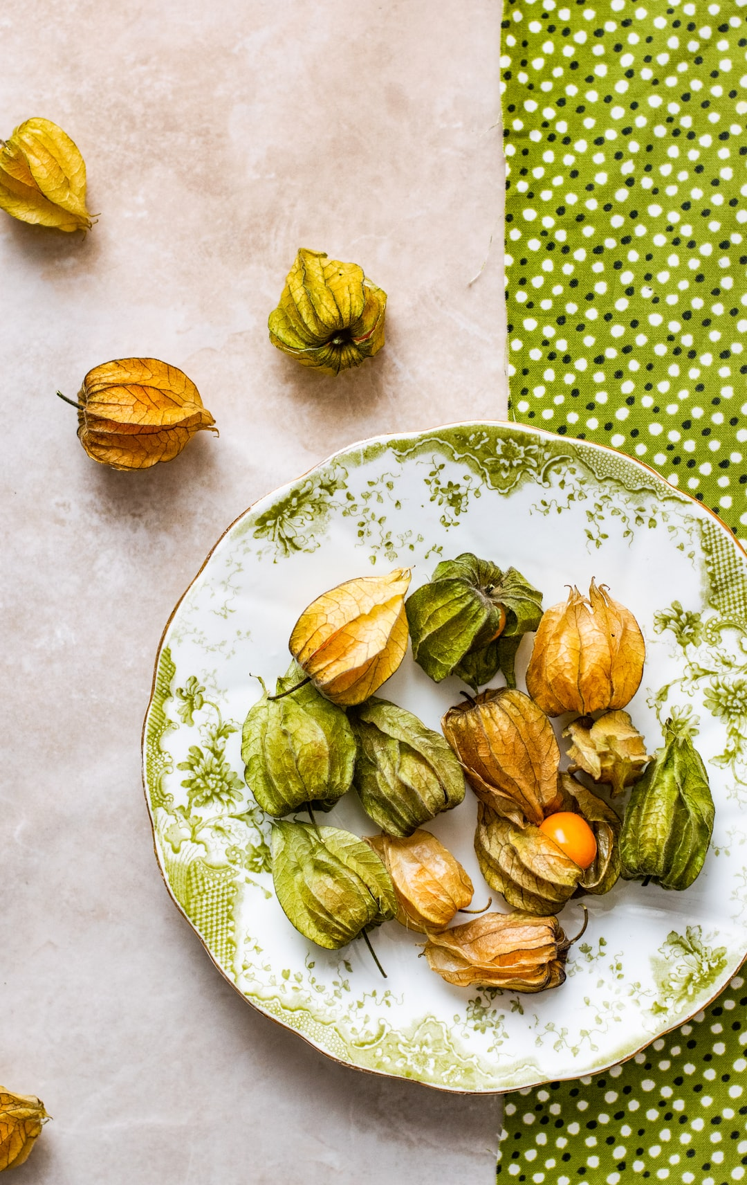 Absolutely love this fruit. Gooseberry from South Africa is on my top list of favorite fruit. Sweet, delicious and so pretty :D Will you agree with me ?;)