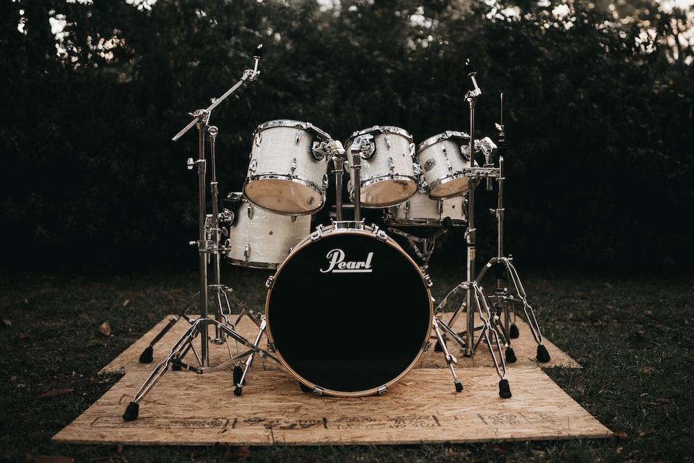 gray drum set