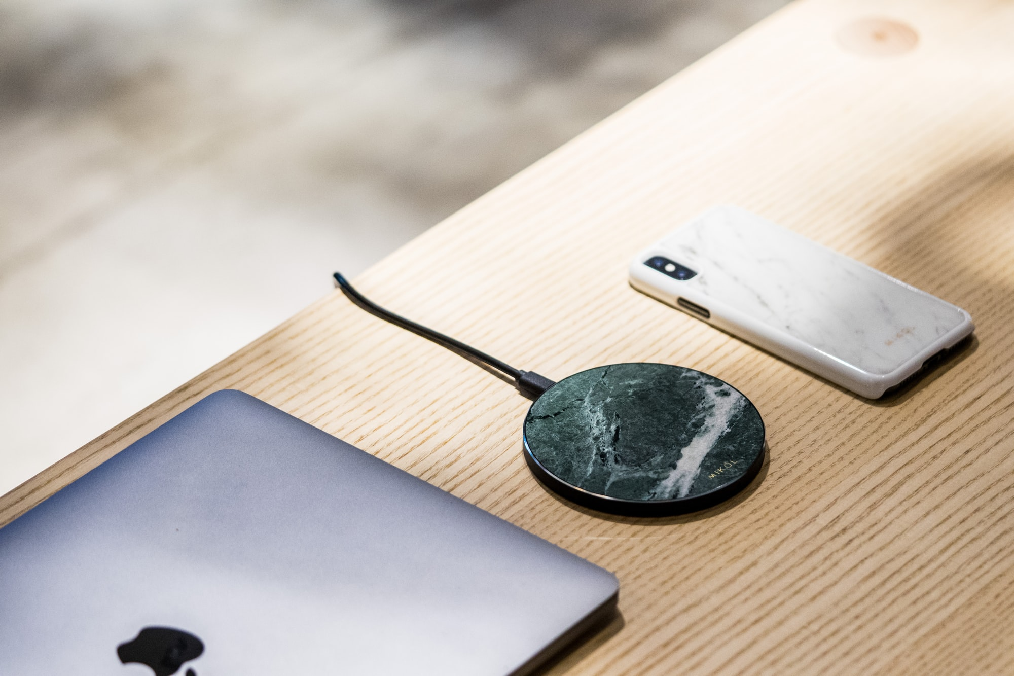 Real Marble Wireless charging pad matched with Italian Carrara Marble iPhone XS case by MIKOL.  Would very much appreciate it if you could link: https://www.mikolmarmi.com/