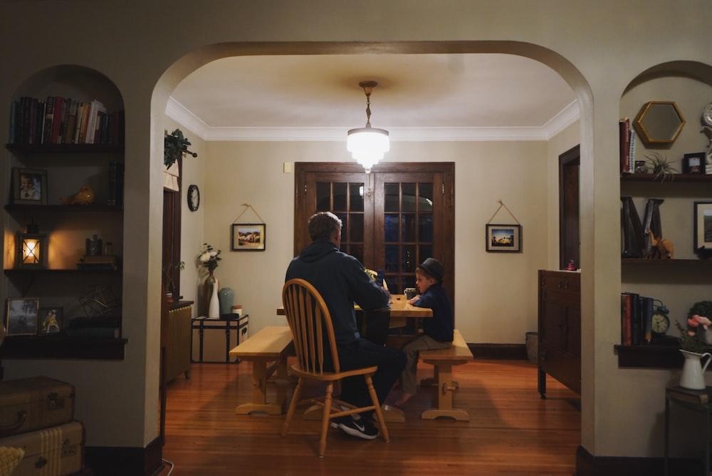Home, family, warm and warm tone | HD photo by Mark Zamora