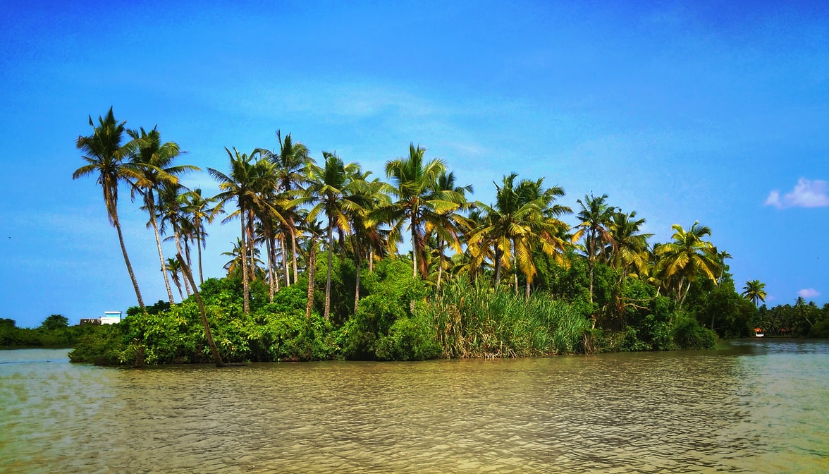 A snippet of Poovar Island