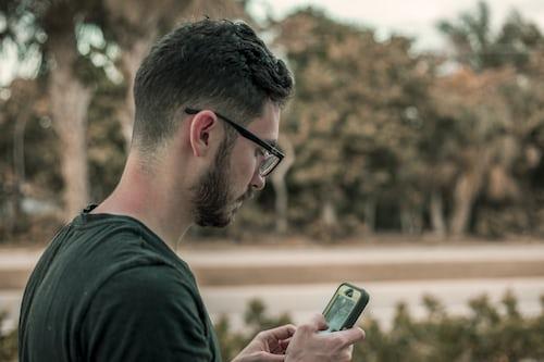 man-phone-5