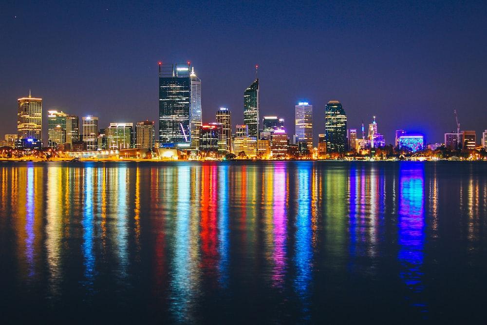 skyline photo of city at night