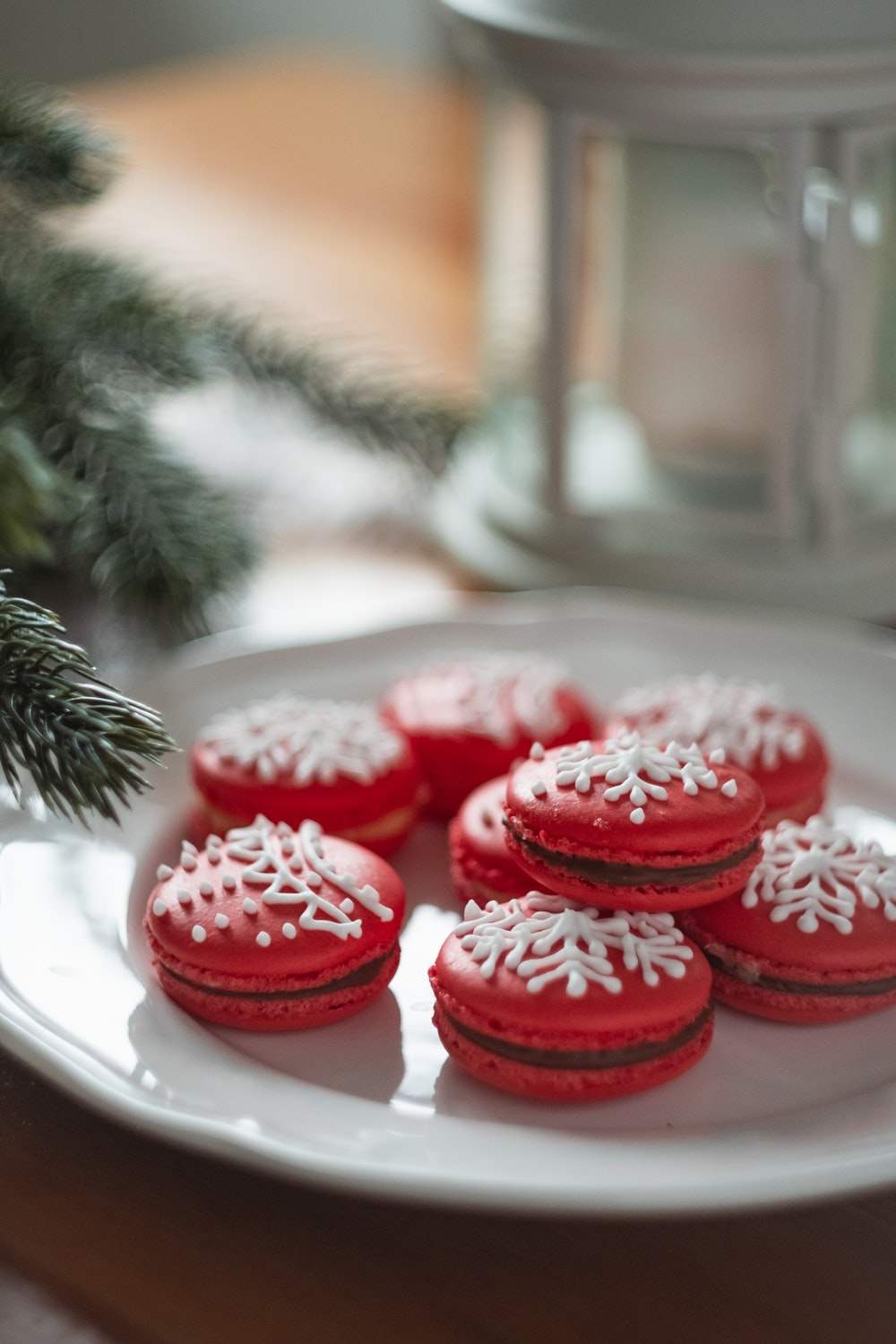 white-and-red French macaroons