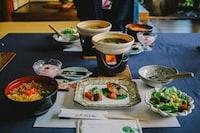 white and green ceramic dinnerware set