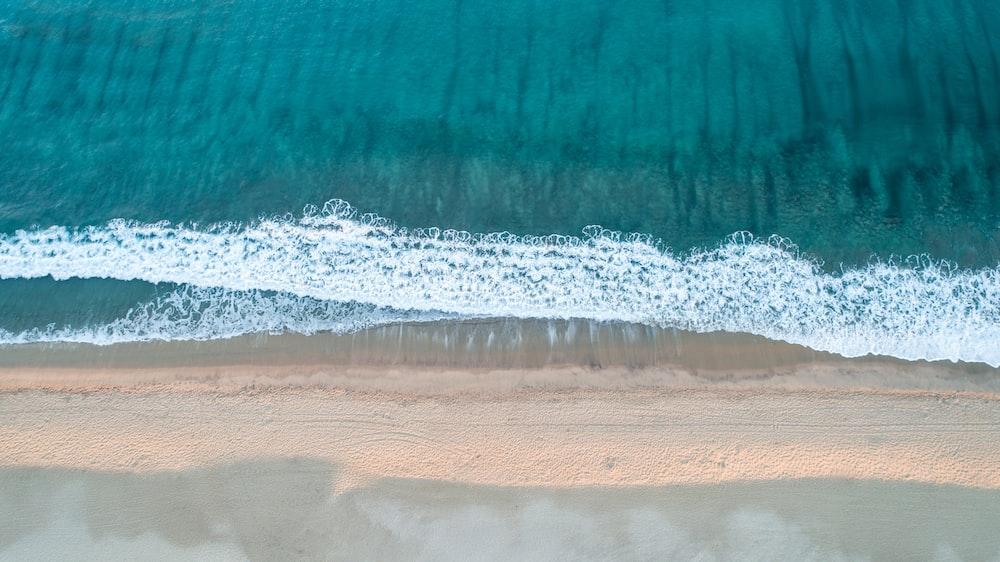 aerial photo of sea waves