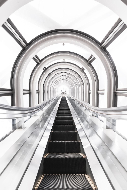 escalator tunnel