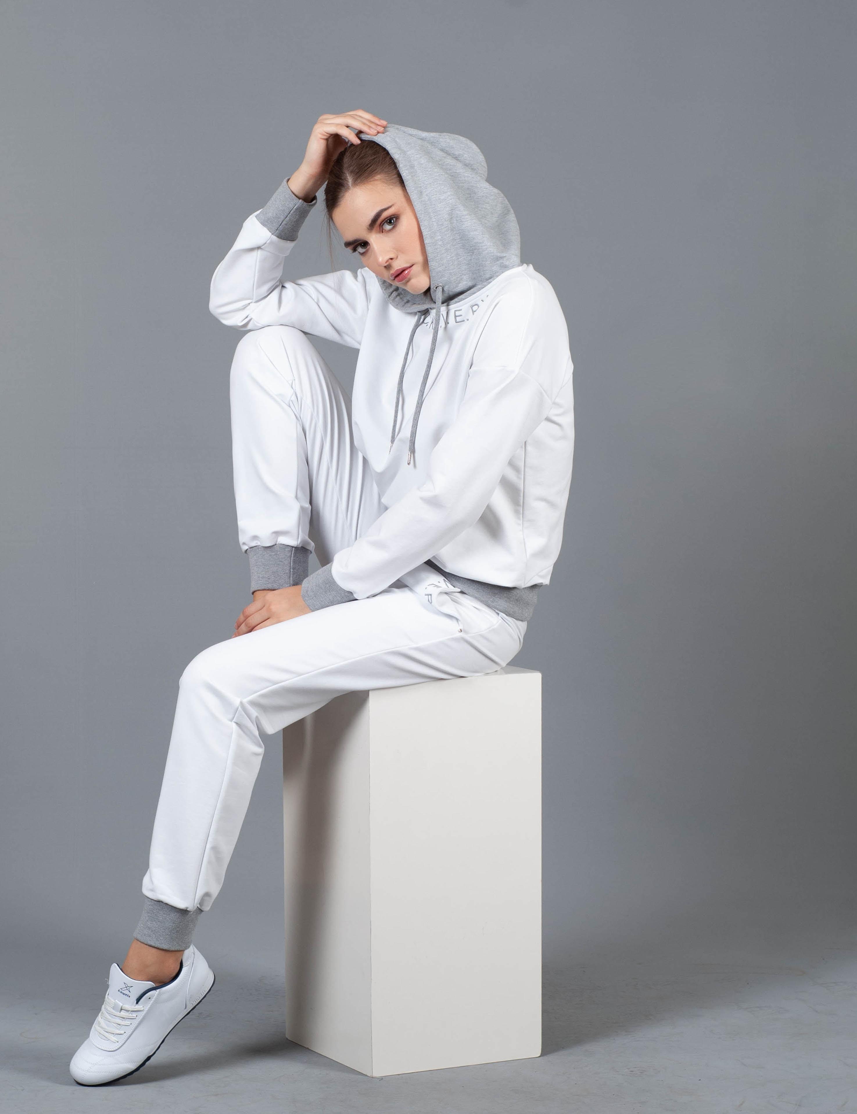 women's white long sleeve dress