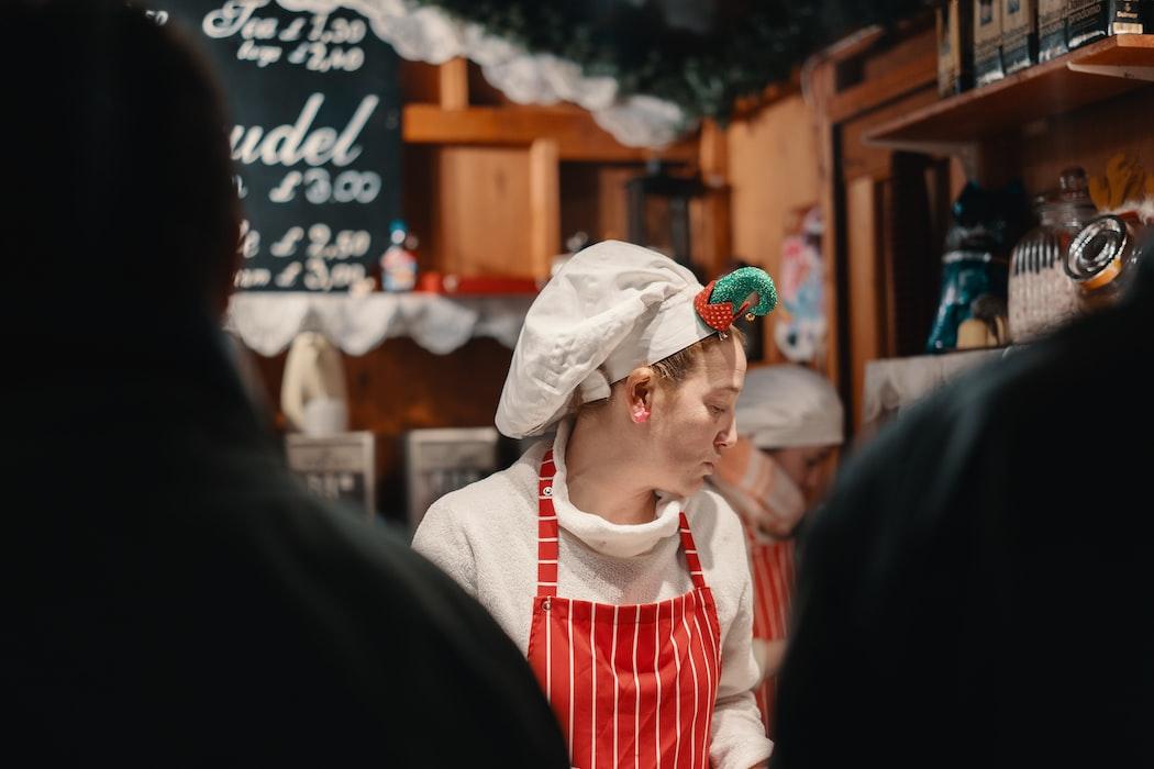 The chirstmas market in Edinburgh
