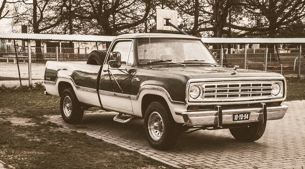Single Can Pickup Truck
