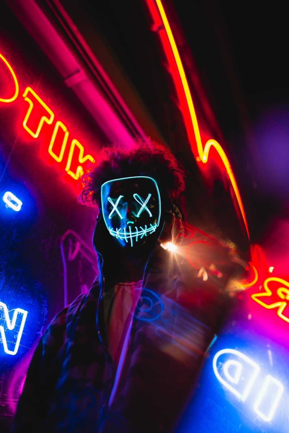500 Neon Mask Pictures Download Free Images On Unsplash