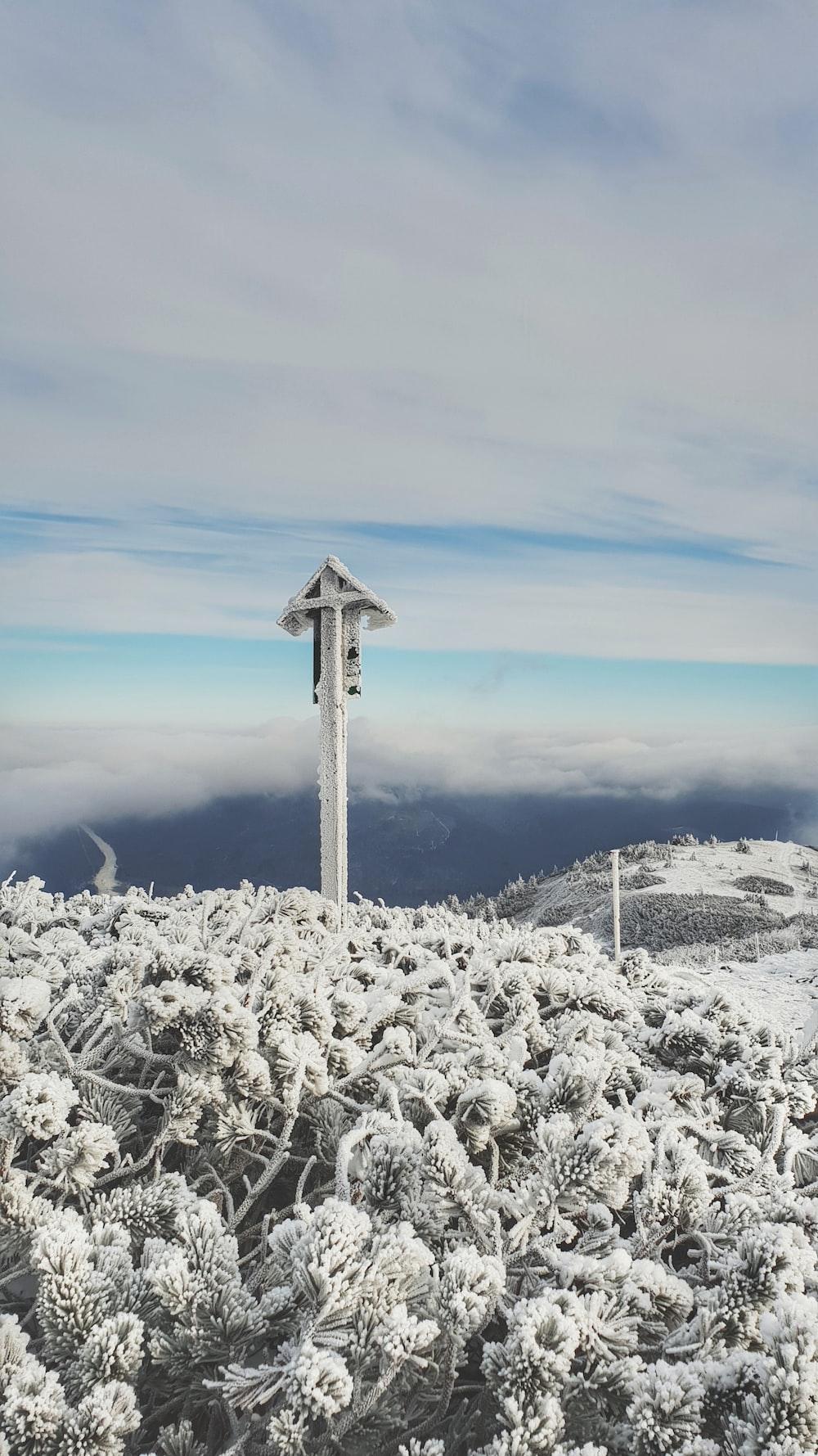whiter wooden cross