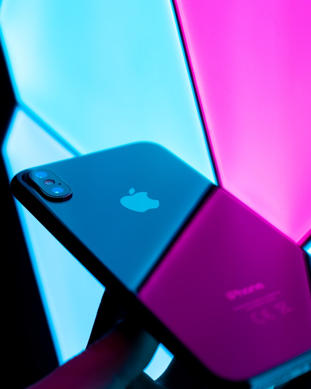 Ipod Pink Pictures Download Free Images On Unsplash