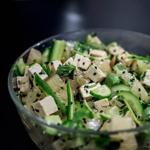 セロトニン 増やす 食べ物 豆腐
