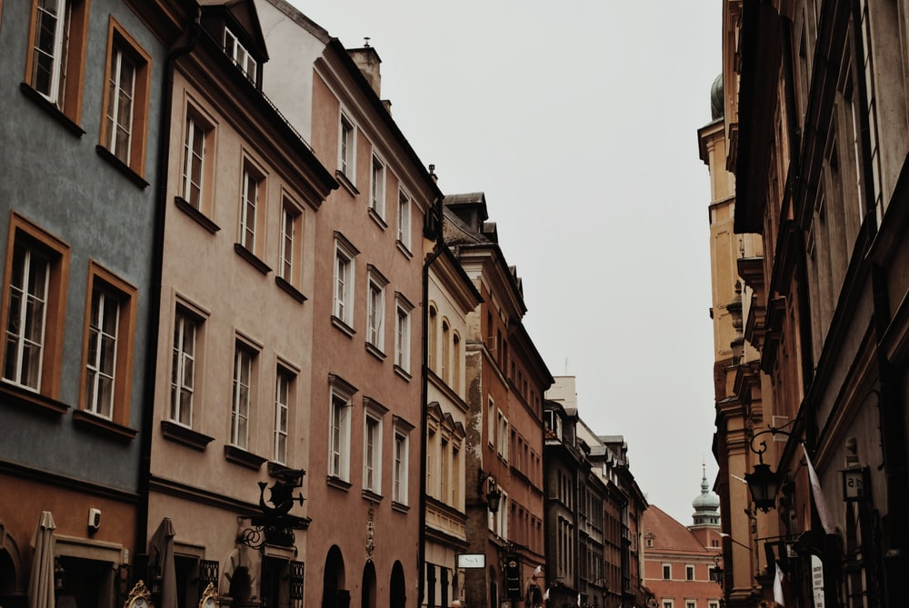 houses during daytime
