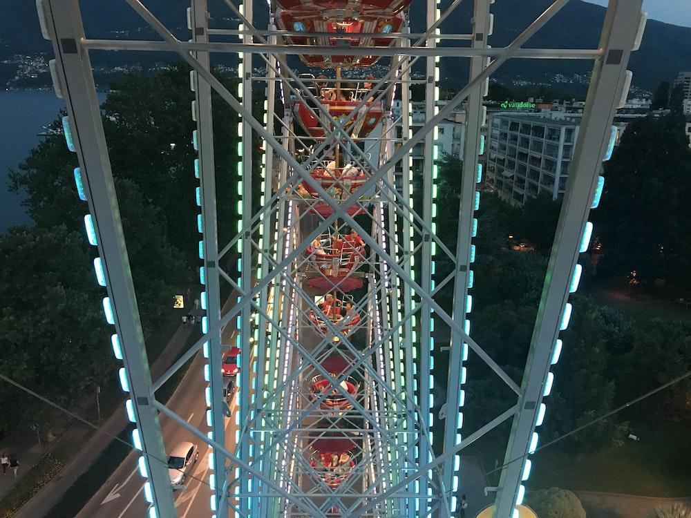 Ferris Wheel functioning during night time
