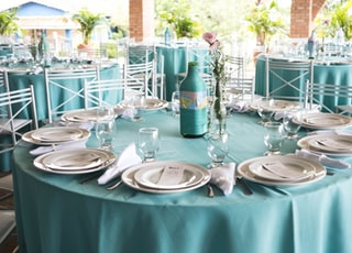 round teal table
