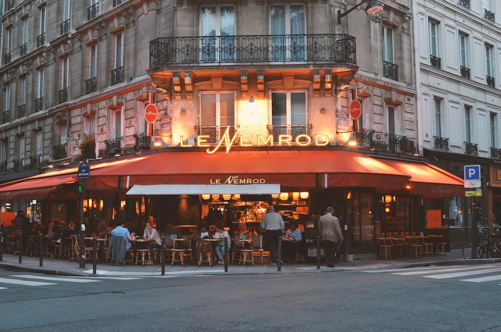 brown Le Memrod restaurant