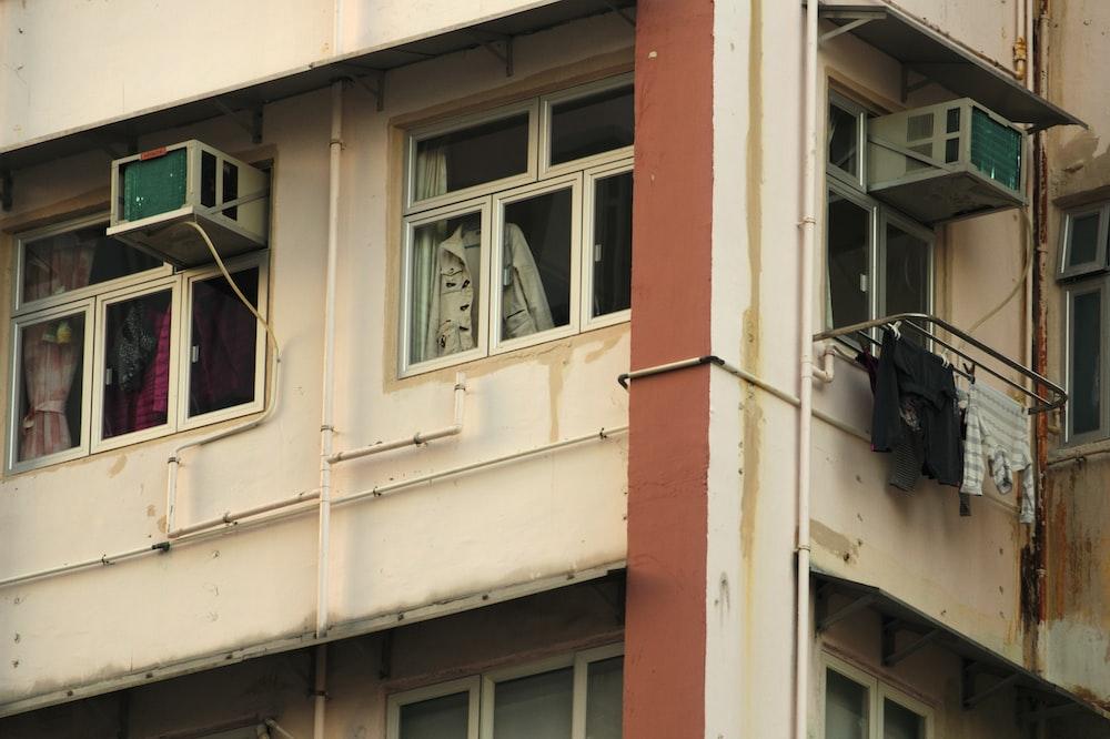 AC unit on window