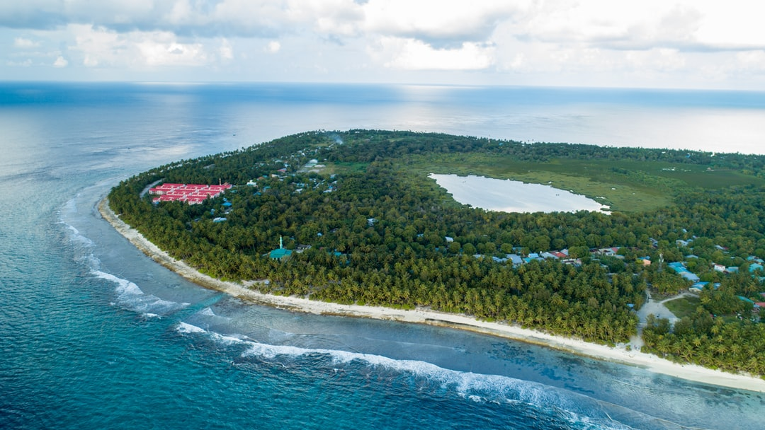 Located in its own atoll between Gaafu Dhaalu Atoll and Addu Atoll, the island of Fuvahmulah is the only one-island atoll in the Maldives. It has many distinctive features that make Fuvahmulah different from rest of the islands in Maldives. Fuvahmulah has a fish and a bird native to this island. That fish and bird are not found in any other part of the Maldives. It is also one of the few islands that have fresh water lakes.