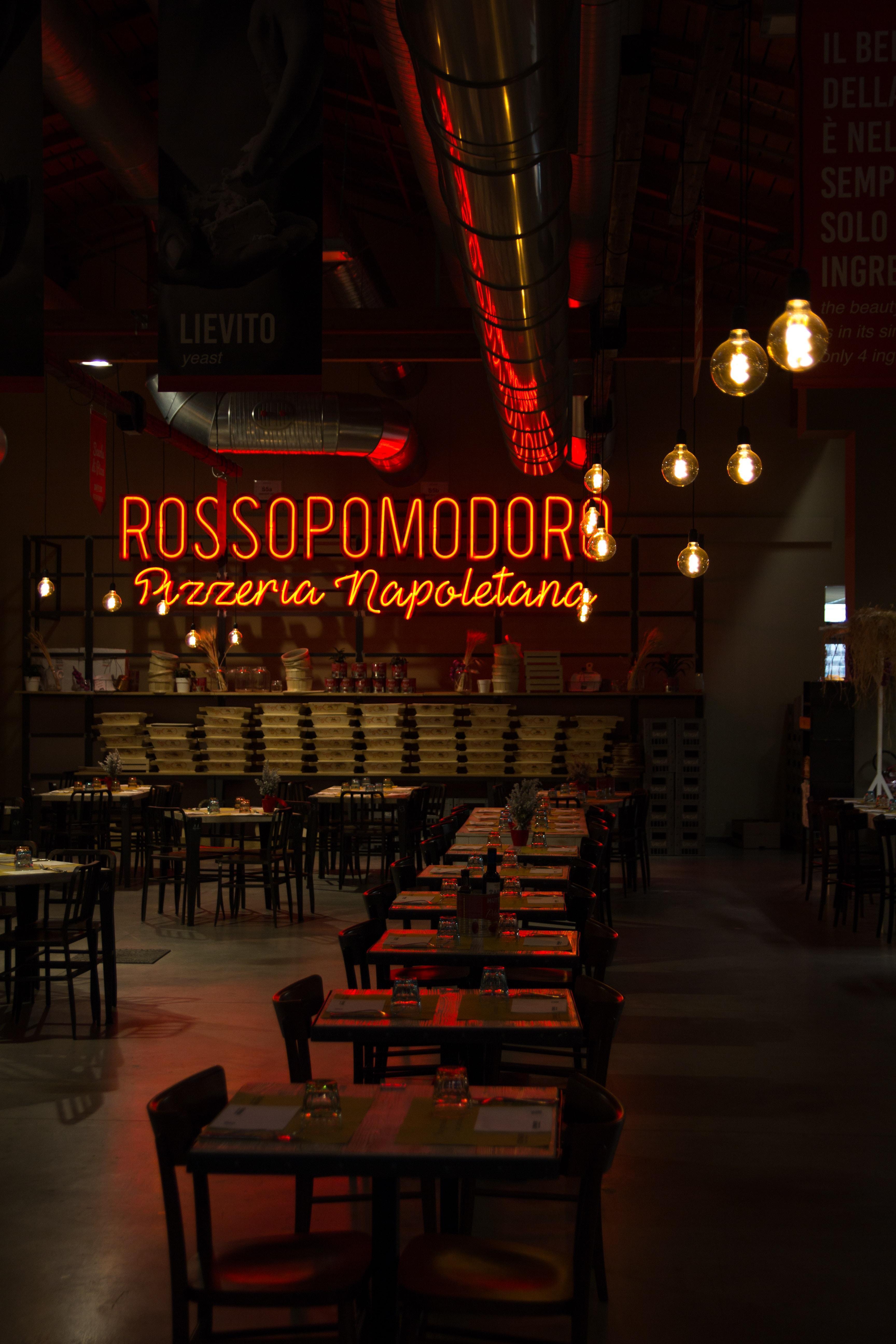 Rossopomodor pizzaria neon light sign