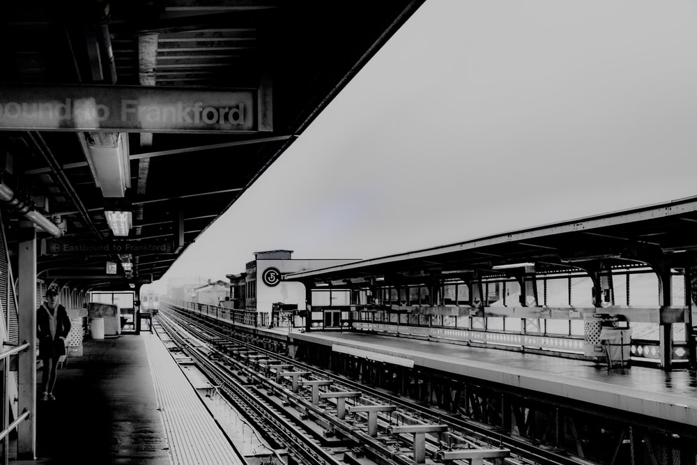 Metro stop at Girard Ave in Fishtown, PA | HD photo by Paige