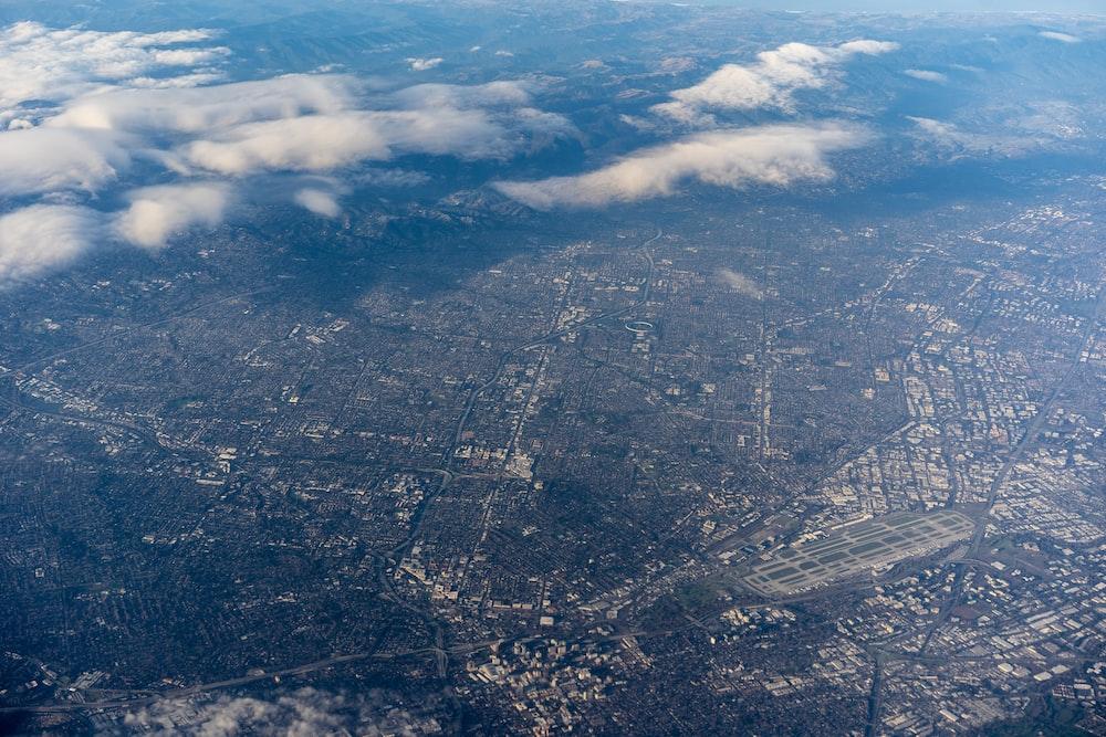 aerial photography of city skyline