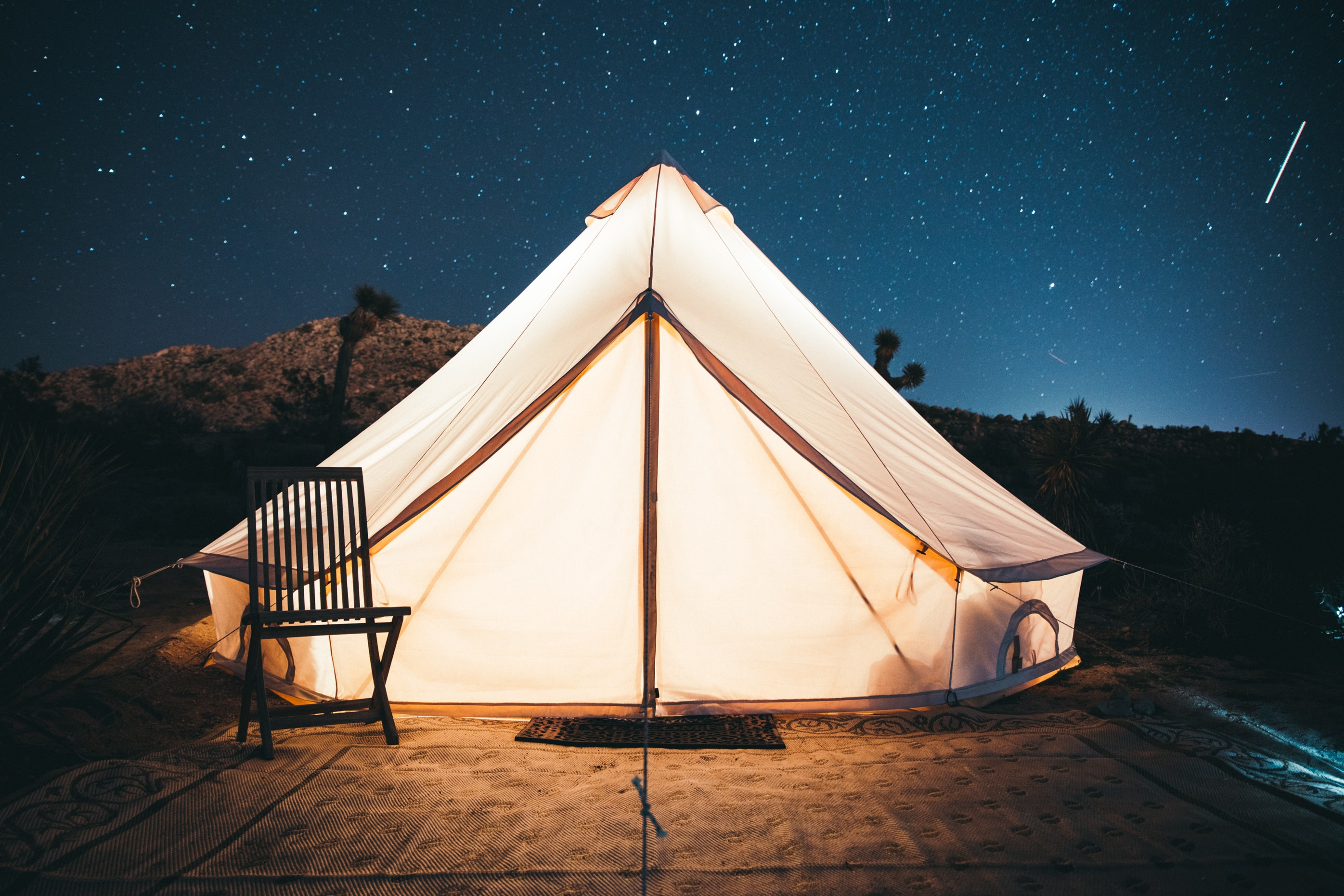 white and black dome tent