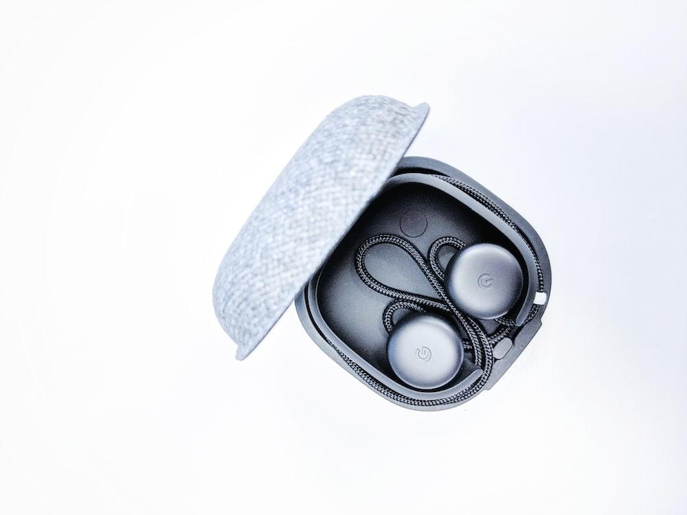 gray corded headphones
