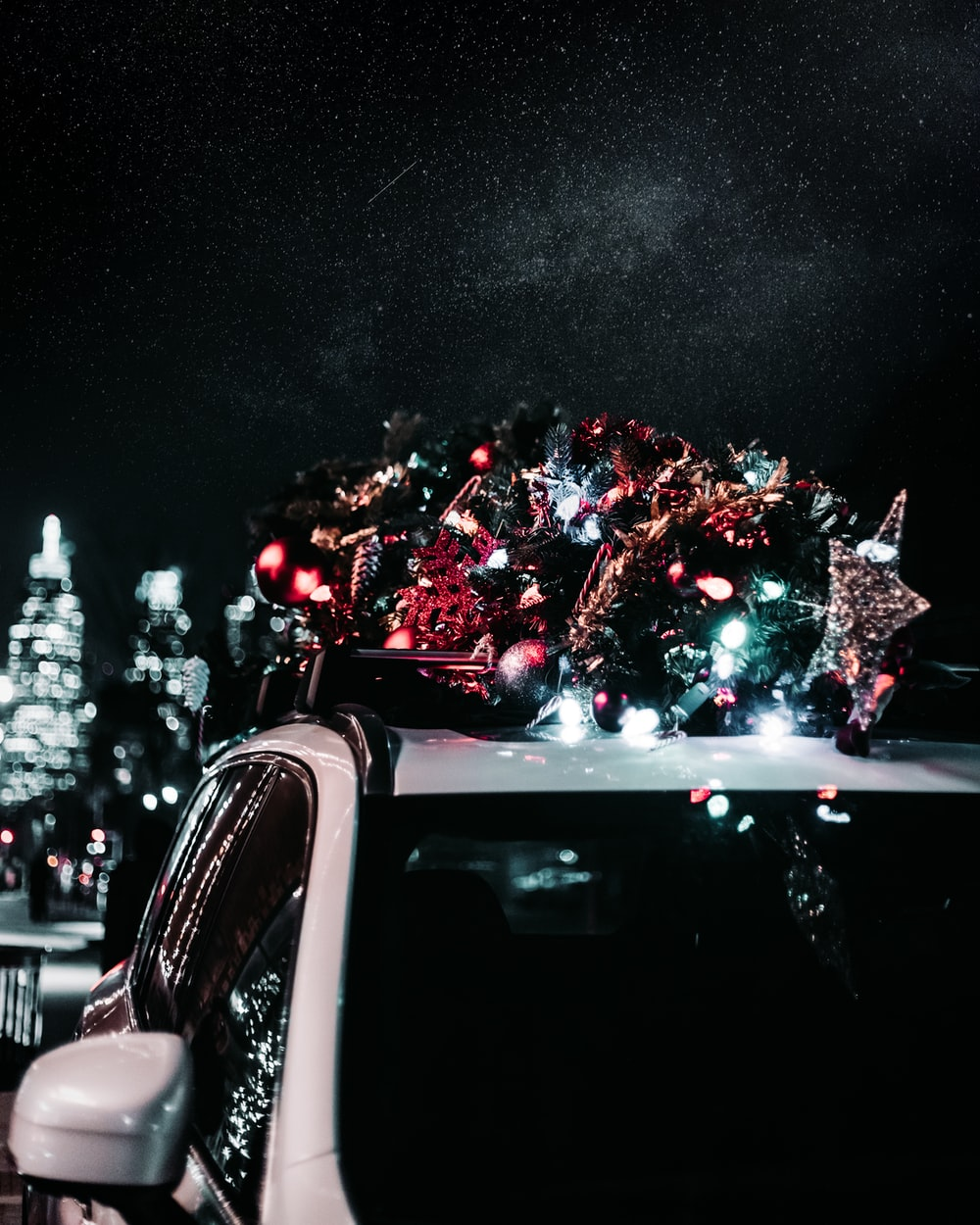 Car Christmas Tree.Christmas Tree On Car Pictures Download Free Images On