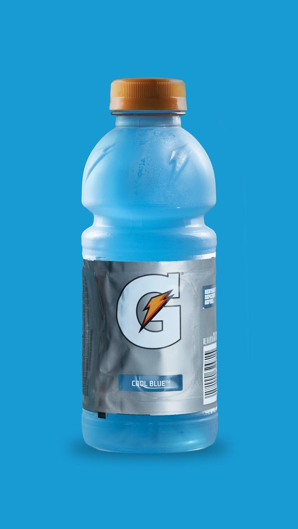 gray and blue Gatorade bottle
