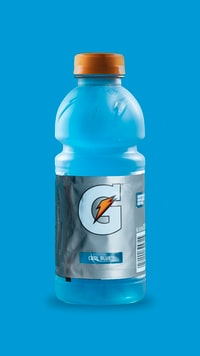 gray and blue Gatorade bottle