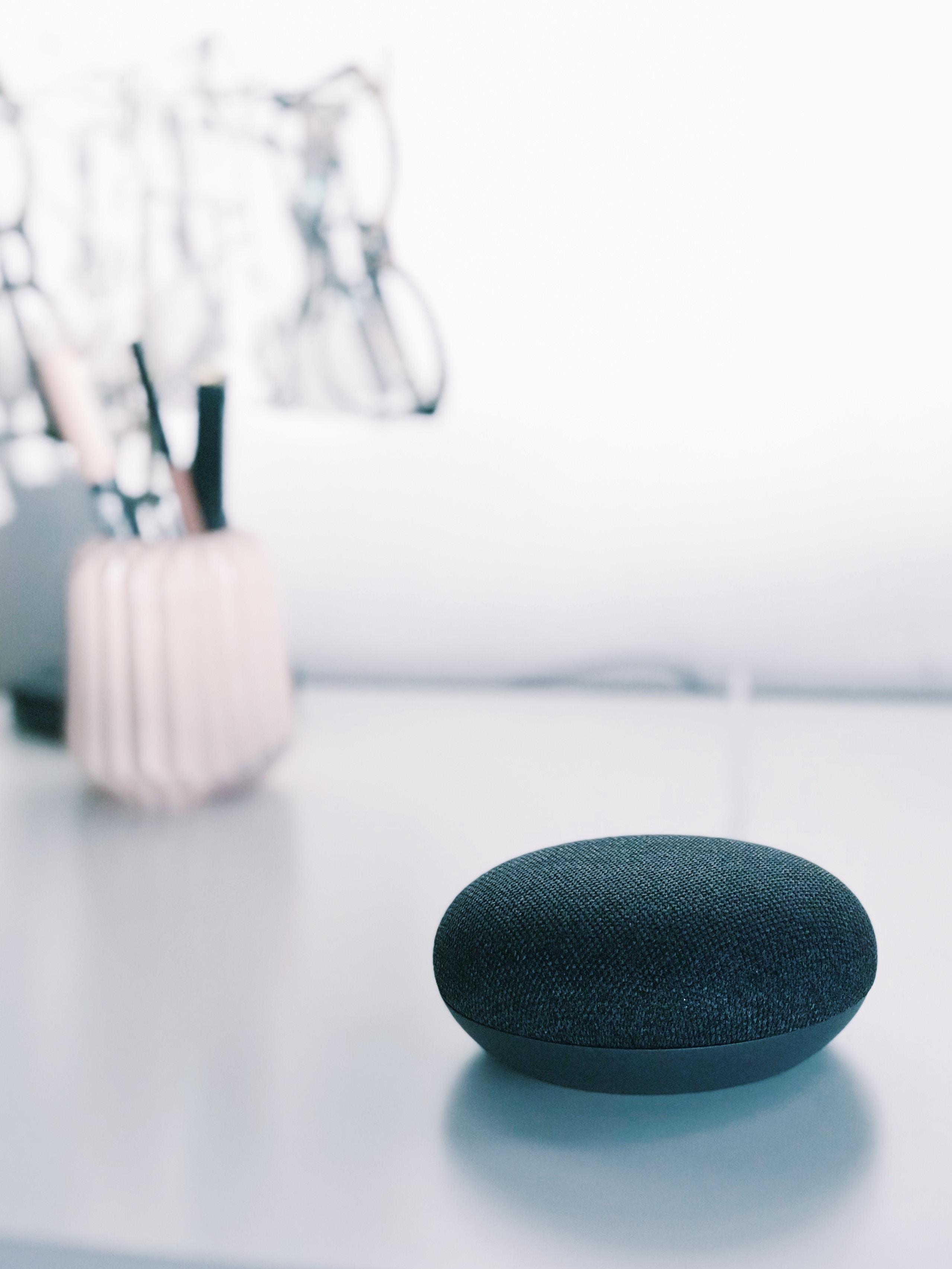 black Google Home mini
