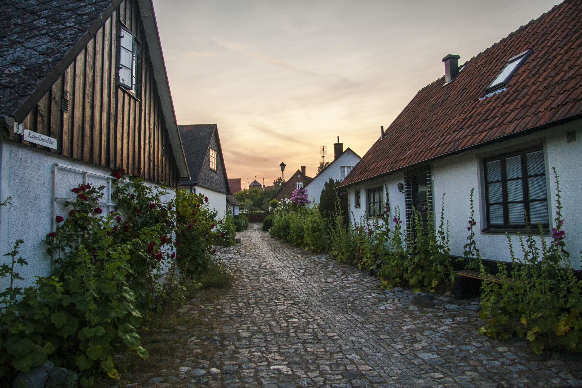 Kontakta oss på Swedtak Skåne AB