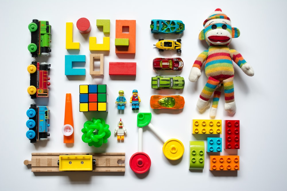 色とりどりの学習おもちゃ