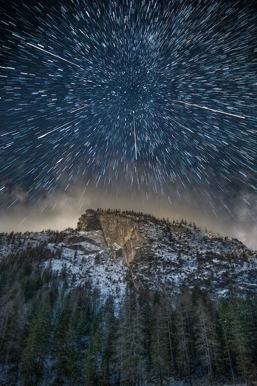 Звёздное небо и космос в картинках - Страница 8 Photo-1545559054-8f4f9e855781?ixlib=rb-1.2
